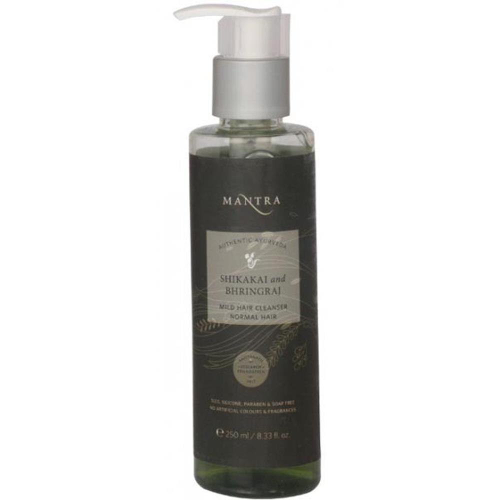 Mantra Herbal Shikakai And Bhringraj Mild Hair Cleanser (250ml)
